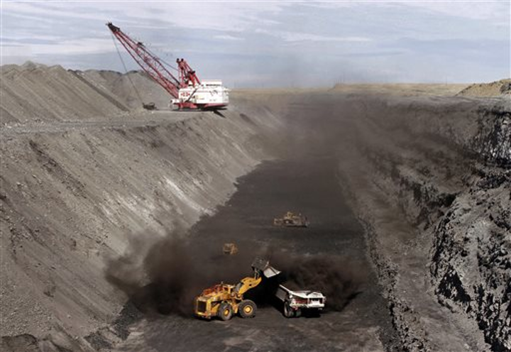 Content Dam Pennenergy Online Articles 2015 April Ap Navajo Coal Mine
