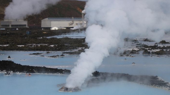Content Dam Pennenergy Online Articles 2015 April Iceland Geothermal