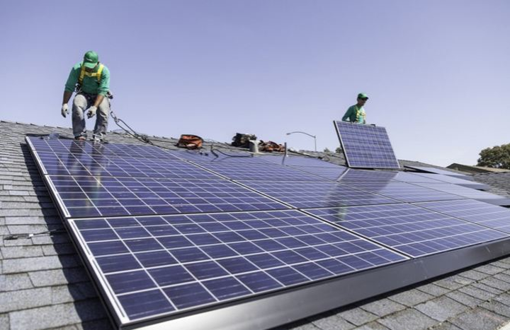 Content Dam Pennenergy Online Articles 2015 March Solarcity Install Rooftop Solar
