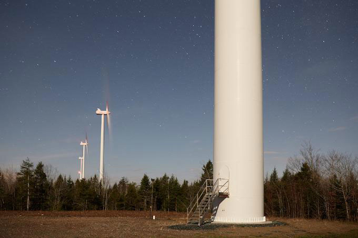 Content Dam Rew Gallery En Articles Slideshow 2015 04 Photoessay A Day In The Life Of A Wind Farm Operator Wind Farm 02