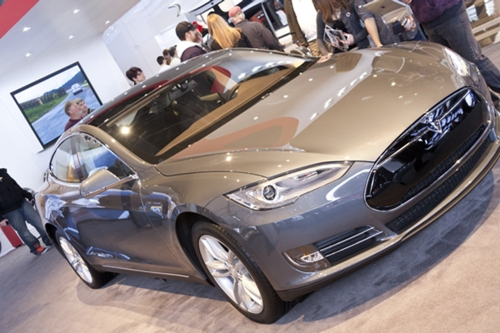 Content Dam Rew Gallery En Ugc Articles 2013 05 Springtime For Tesla Image Gallery Body Springtime For Tesla