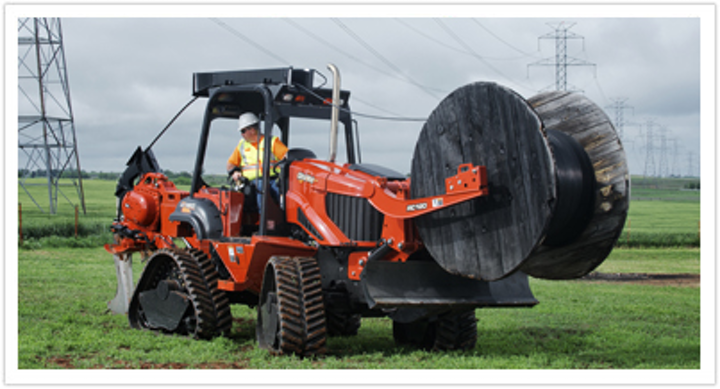 Content Dam Up En Articles 2013 09 Utility Vehicles Rt120 Quad Utility Tractor From Ditch Witch Leftcolumn Article Thumbnailimage File