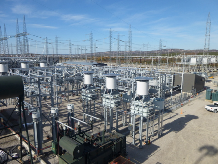 Content Dam Up En Articles 2014 02 Power Distribution High Voltage Transmission System Helps Transport Clean Hydroelectric Power Leftcolumn Article Thumbnailimage File