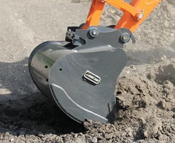 Content Dam Up En Articles 2014 05 Construction Equipment Wedge Lock Coupler Attachment Expands Mounting System Lineup Leftcolumn Article Thumbnailimage File