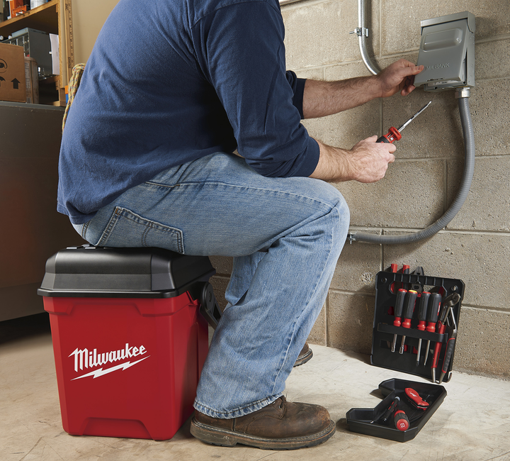Content Dam Up En Articles 2014 07 Tool Carrier New 13 In Work Box Delivers Jobsite Versatility Leftcolumn Article Thumbnailimage File