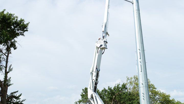 Content Dam Up En Articles 2014 08 Aerial Lift Double Elevator Aerial Devices Feature Increased Capabilities Leftcolumn Article Thumbnailimage File