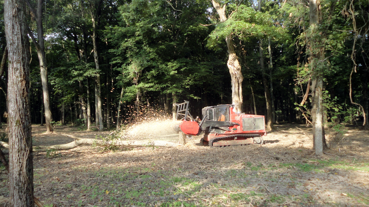 Content Dam Up En Articles 2014 09 Ftx128l Mulching Tractor Leftcolumn Article Thumbnailimage File