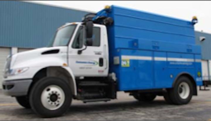 Content Dam Up En Articles 2014 10 Bucket Trucks Digger Derricks Under Deck Compressor Vehicle Leftcolumn Article Thumbnailimage File