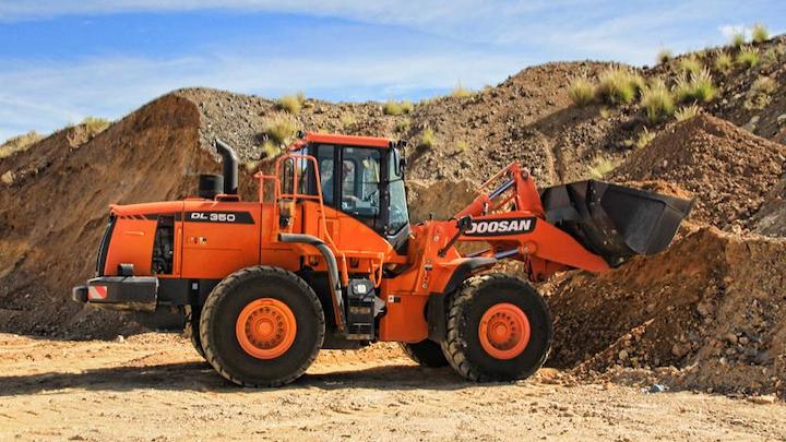Content Dam Up En Articles 2014 12 Construction Equipment From Doosan Leftcolumn Article Thumbnailimage File