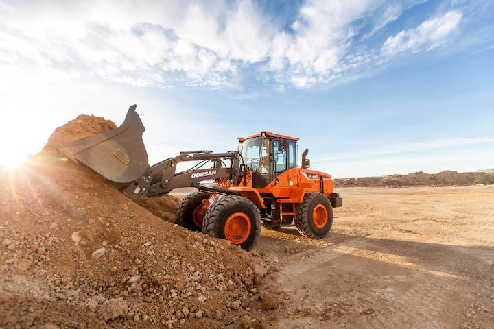 Content Dam Up En Articles 2015 04 Construction Equipment Wheel Loaders From Doosan Leftcolumn Article Thumbnailimage File
