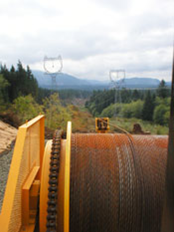 Content Dam Up En Articles 2015 07 Construction Equipment Conductor Stringing Equipment For Overhead Electric Transmission Lines Leftcolumn Article Thumbnailimage File