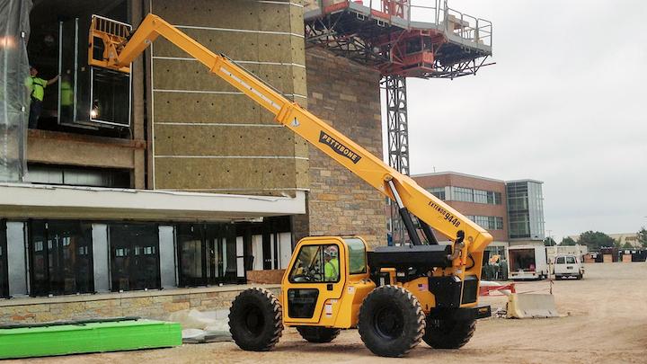 Content Dam Up En Articles 2015 11 Construction Equipment Telescopic Handlers Enhance Efficiency Leftcolumn Article Thumbnailimage File
