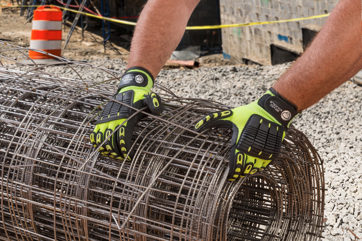Content Dam Up En Articles 2015 11 Safety Gloves Provide Ansi Cut Level 4 Protection Leftcolumn Article Thumbnailimage File