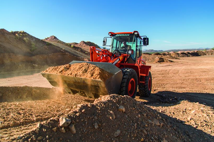Content Dam Up En Articles 2015 12 Construction Equipment Wheel Loaders Add Hydrostatic Drive System0 Leftcolumn Article Thumbnailimage File
