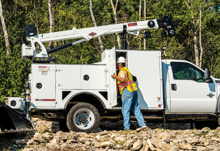 Content Dam Up En Articles 2015 12 Utility Vehicles Mechanics Trucks Telescopic And Articulating Cranes And More Leftcolumn Article Thumbnailimage File