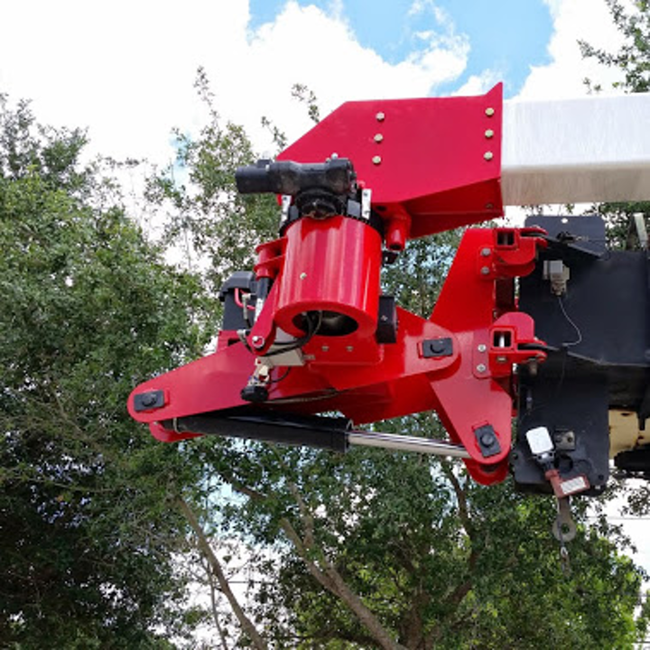 Content Dam Up En Articles 2016 01 Insulated Rotating Jib Boom Man Basket Attachment Leftcolumn Article Thumbnailimage File