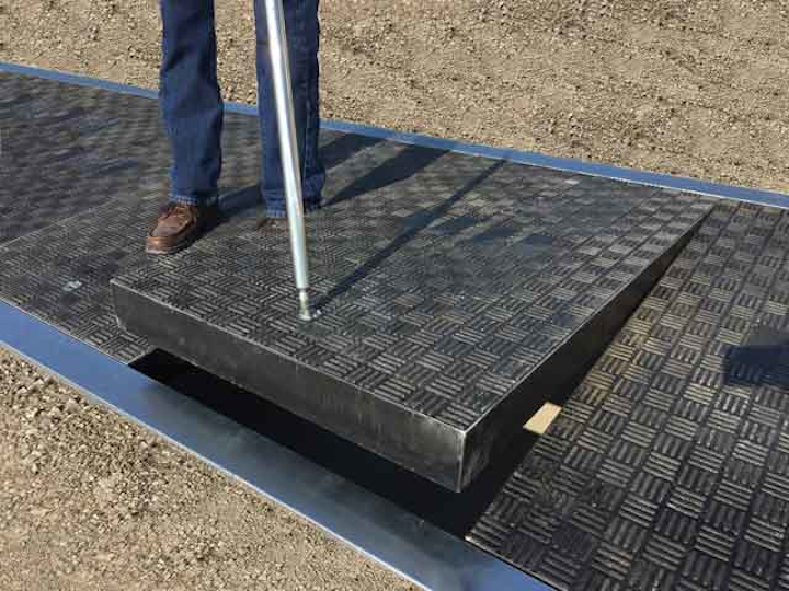 Content Dam Up En Articles 2016 03 Safety Products Lightweight Composite Trench Lids Leftcolumn Article Thumbnailimage File
