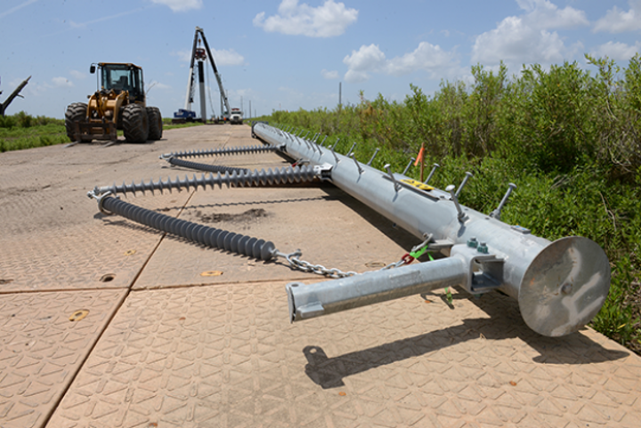 Content Dam Up En Articles 2016 05 Construction Equipment Grounding System Composite Mats Increase Efficiency Leftcolumn Article Thumbnailimage File