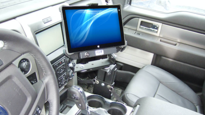 Content Dam Up En Articles 2016 05 Vehicle Docking Station In Vehicle Tablet Computing Solution Leftcolumn Article Thumbnailimage File
