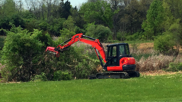 Content Dam Up En Articles 2017 05 Construction Equipment Excavator Bull Hog Mulching Attachment For Midi Size Excavators Leftcolumn Article Thumbnailimage File