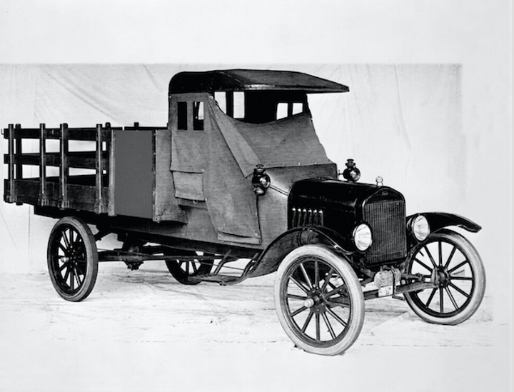 Content Dam Up En Articles 2017 08 Utility Vehicles Ford Celebrates 100 Years Of Truck History From 1917 Model Tt To 2017 F 150 Raptor Leftcolumn Article Thumbnailimage File