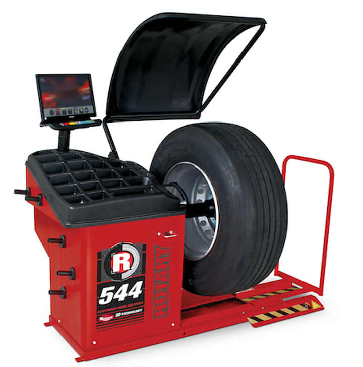 Content Dam Up En Articles 2017 10 Truck Tires Wheel Balancer Quickly Accurately Balances A Wide Array Of Wheels Leftcolumn Article Thumbnailimage File