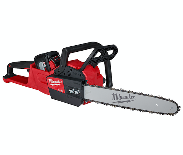 Content Dam Up En Articles 2018 05 Utility Tools M18 Fuel Chainsaw Makes Up To 25 Cuts In Utility Pole Leftcolumn Article Thumbnailimage File