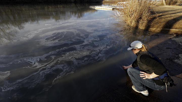 Content Dam Up En Articles Elp Archives 2014 03 Federal Grand Jury Looks Into Duke Energy Coal Ash Spill Leftcolumn Article Thumbnailimage File