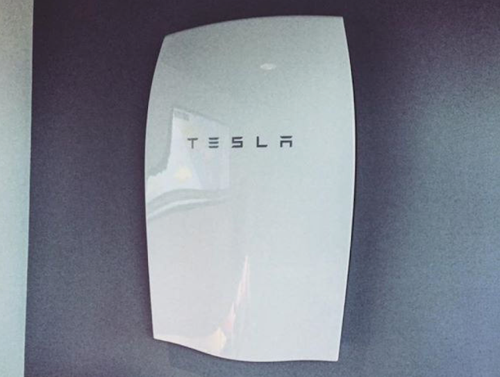 Content Dam Up En Articles Elp Archives 2017 05 Limoneira Tesla Power Up To Save On Energy Leftcolumn Article Thumbnailimage File