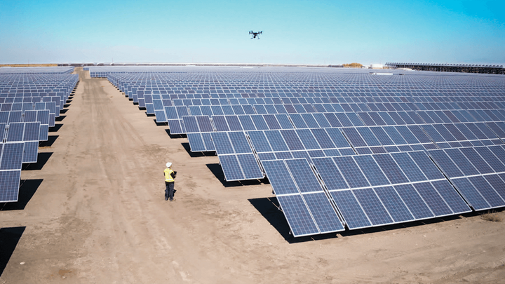 Content Dam Up Native Advertising 2019 04 Solar Panel Inspection Main Image